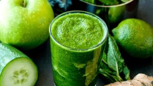 Green-Inner-Health-Juice-for-Glowing-Healthy-Skin